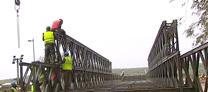 El Rubio tiene un puente Bailey nuevo provisional hasta que se construya el definitivo